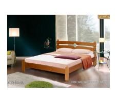 Деревянная кровать Богдана